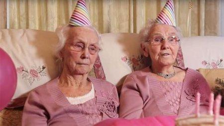 102 жастағы егіздер ұзақ өмір сүрудің сырын айтты